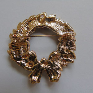 Bling Christmas Wreath Brooch