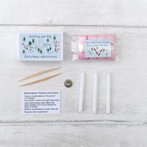 Christmas Mini Marshmallow Toasting Kit (Produced in Great Britain)